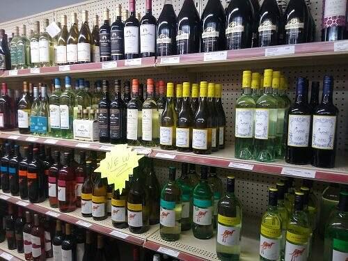 wine on shelf at osakis liquor store